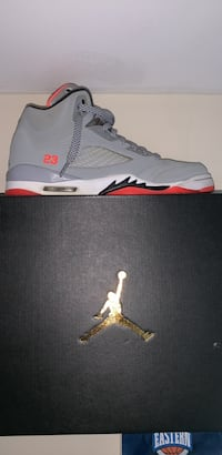 Air Jordan 5's Hot Lava Owings Mills, 21117