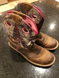 Ariat Woman's Fatbaby Camo Western boots 36 km