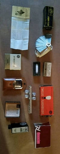 Vintage Camera Accessories for Sale in Toronto Toronto, M1H 2P7