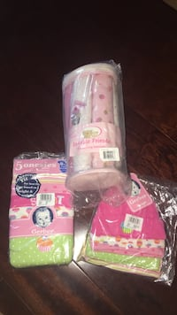 Brand new Gerber baby hats, onesies and receiving blankets 0-3 months Reno, 89521