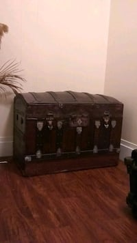 1800s steamer trunk made in compony from lowell ma Lowell, 01852