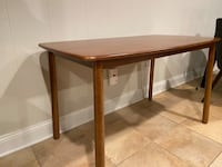 Never-used dining table for sale! Alexandria, 22304