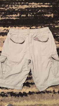 Old Navy mens cargo shorts size 30 Waterloo, 50703