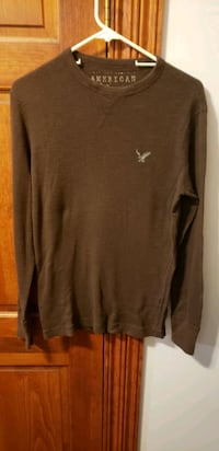 AMERICAN Eagle OUTFITTERS long sleeve shirt  Middletown, 21769