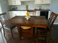 rectangular brown wooden table with four chairs di Santee, 92071