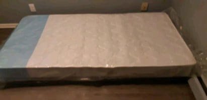 Single Mattress with box spring and frame - New
