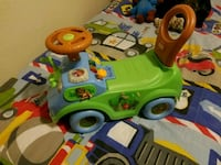 toddler's green and yellow ride on toy Santa Rosa, 95403