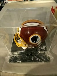 Redskins mini helmet with display case California, 20619