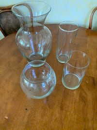 Set of 4 Glass Vases of Different Shapes and Sizes Kirkwood, 63122