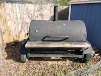 Charcoal/wood pig cooker grill