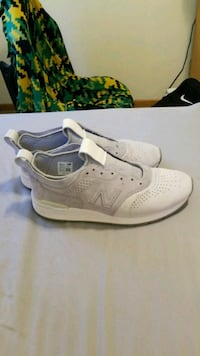 New balances brand new w/out shoe laces Urbandale, 50322