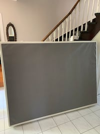 Like New, Lightly Used, Queen Box Spring Bolton, L7E
