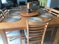 Dining table set 558 km