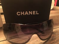 Chanel Shield aviator sunglasses minor scratches authentic all accessories  Hamilton, L8L 7N2