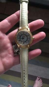 round face gold link analog watch with white leather strap Bay City, 48708