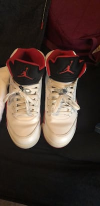 pair of white Air Jordan basketball shoes Washington, 20024