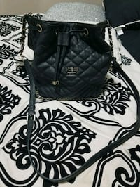 Guess purse  Edmonton, T5Z 2M9