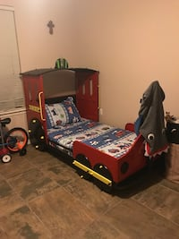 black and yellow train bed frame or best offer includes bed and bedding  Socorro, 79927