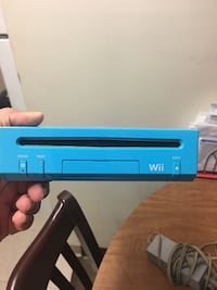Blue wii  null