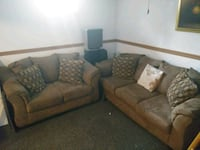 brown suede 3-seat sofa Capitol Heights, 20743