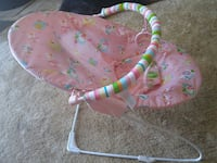 Baby boucer chair