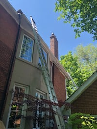 Gutter cleaning  Toronto