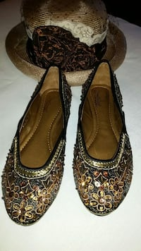 CL by LAUNDRY Black & Gold Beaded Flats - NEW - Woman's Size 7 Scottsdale