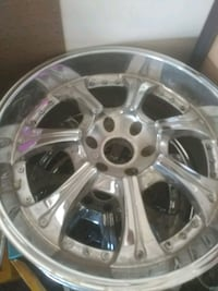 23inch chrome wheels 6 lug Madison, 35756