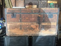 Antique Wooden Trunk Syracuse, 13206