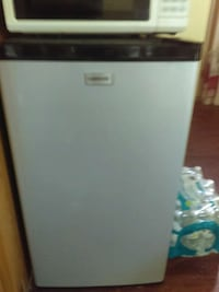 white and black single-door refrigerator Salisbury, 21801