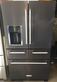Used black stainless refrigerator  Los Angeles, 90044