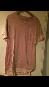 T shirt long rose Paris, 75020