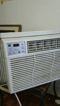 Lg window ac unit ( will trade for laptop)