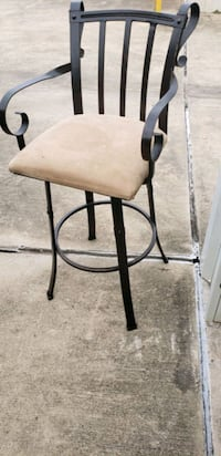 High chair solid