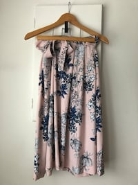 Banana Republic Spring Floral Ribbon Skirt Size 4  Richmond, V6Y 2B6