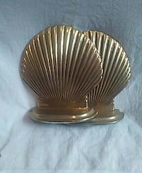 Shell book stoppers