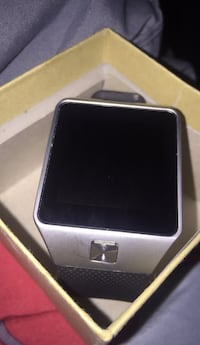 black and gray smartwatch with box Oshawa, L1L 0C3