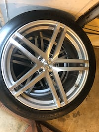 20 inch rims with tires 5x120 lug pattern  Round Hill, 20141