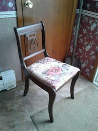 Antique chairs  503 km
