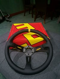 Momo steering wheel Vaughan, L4L 1A6