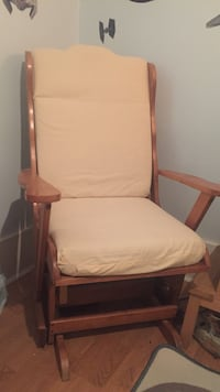 Glider Rocking Chair Vancouver, V6K 2Y5
