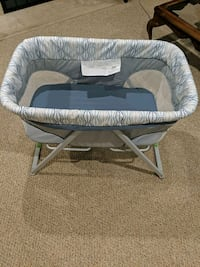 Baby Bassinet with rocker