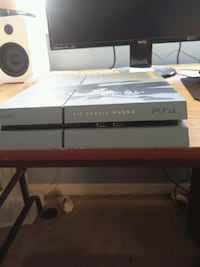 PS4 500GB UNCHARTED MODEL Mississauga, L5M 5W4