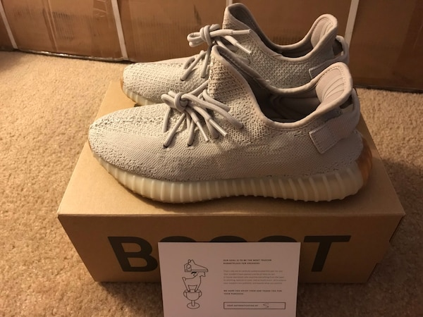 c3e2f4589 Adidas Yeezy Boost 350 v2 Sesame Size 9 Dead Stock Goat Authenticated