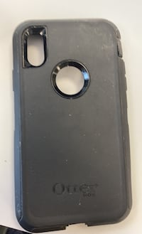 iPhone XR otter box defender used  Mamaroneck, 10543