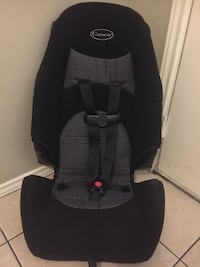 black and gray Graco car seat carrier Brownsville, 78521