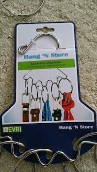 4 Accessory organizers Hang N Store Baden, N3A 3P1