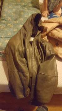 Women's gray leather jacket Baltimore, 21211