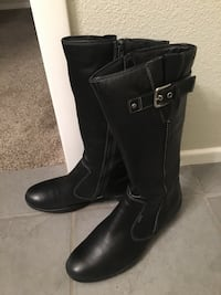 Ecco black leather boots  size 9-9.5