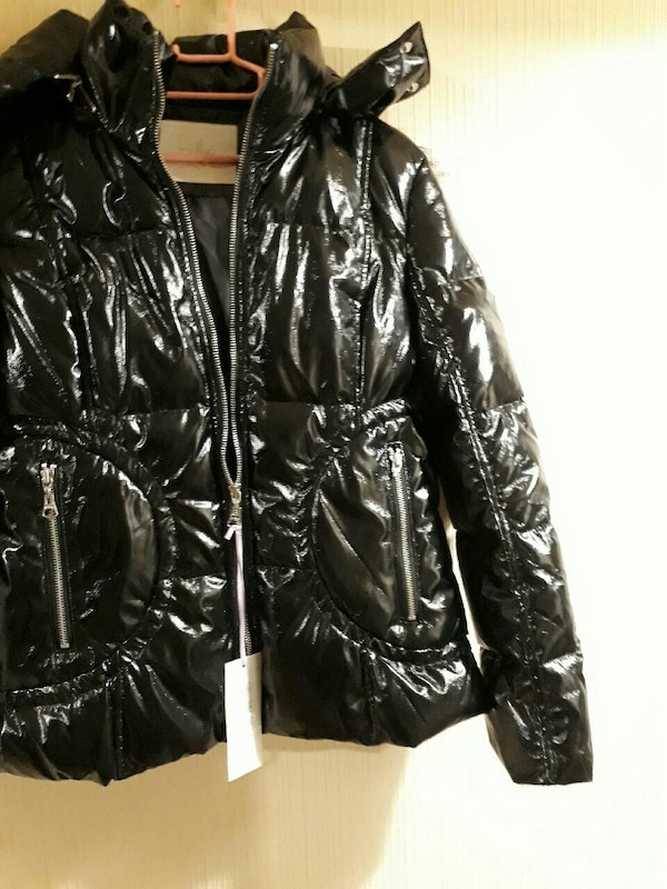 Pinko winter jacket with hood brand new with tag o